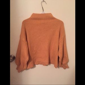 A lovely autumn colored mid crop top